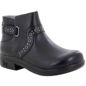 Brand New!! Alegria Zoey Booties ( Black Nappa)